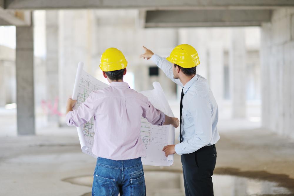 Kan de hoofdelijke aansprakelijkheid van architect en aannemer in geval van stabiliteitsbedreigende gebreken contractueel uitgesloten worden? Het Hof van Cassatie schept duidelijkheid.